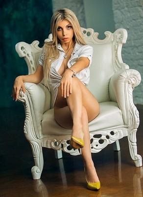 escort girl Eva