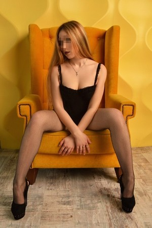 Ariana prostituée Jœuf